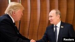 این اولین بار است که رهبران ایالات متحده و روسیه با هم دیدار می کنند