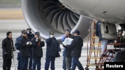 Un Boeing 787 Dreamliner de la aerolinea japonesa ANA tuvo que hacer un aterrizaje de emergencia en el aeropuerto de Takamatsu, Japón, a causa del recalentamiento de la batería.