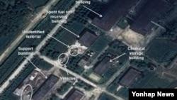 북한 영변 핵단지 내 방사화학 실험실 건물 모습. 출처: 38노스 캡처. (자료사진)