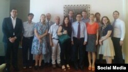 Từ trái, Miguel Moro Aguila (ĐSQ Tây Ban Nha), Phạm Chí Dũng, Catherine Welter (Tham tán Chính trị EU tại Hà Nội), Nicolo Costantini (ĐSQ Italia), Phạm Bá Hải, Fabienne Runyo (ĐSQ Pháp), Tim Krap (ĐSQ Hà Lan), Lê Công Định, Graham (ĐSQ Anh), Victoria Rhodin Sandstrom (ĐSQ Thụy Điển), Konrad Lax (Đại sứ quán Đức), Pontius Pamela và Justin Brown (Tổng Lãnh sự quán Hoa Kỳ), Tp. HCM, ngày 15/5/2018. Photo: Facebook Pham Ba Hai.