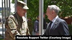 د امریکا د دفاع وزیر په توګه د ټاکل کیدو وروسته دا افغانستان ته د جنرال متیس لومړی سفر دی.