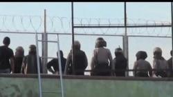 2012-02-22 美國之音視頻新聞: 印尼部隊鎮壓巴厘島監獄暴亂