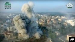 Ahrar al-Sham组织发布的航拍空袭图片