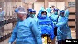 د کرونا ویروس چین کې لسګونه کسان مړه کړي
