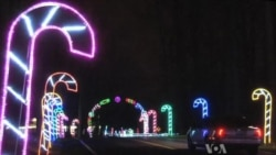 Huge Display of Lights Brings Out Christmas Spirit in US