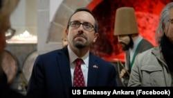 John Bass, ambassadeur américain à Ankara.