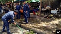 Forças de segurança limpam local do atentado