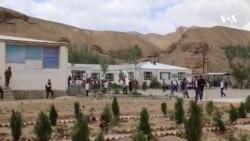 معتاد شدن برخی از معلمان و شاگران مکاتب در بامیان