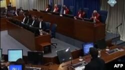 Haga kundërshton kërkesën për ta ndarë në dy procese të veçanta gjykimin e Mlladiçit