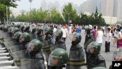 چین: حکومت مخالف مظاہرے میں شرکت پر خاتون کو 9 ماہ قید