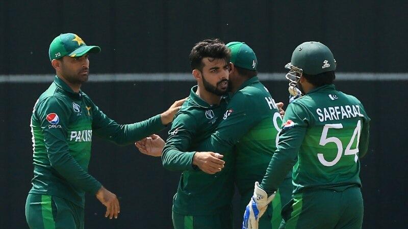 دورۂ انگلینڈ سے قبل تین پاکستانی کرکٹرز کرونا کا شکار
