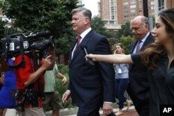 Paul Manafort'un avukatı Kevin Downing