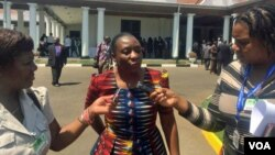 Zimbabwe Electoral commission head Rita Makarau has rejected calls from the opposition to halt the four-month biometric registration exercise for 2018 elections to be halted. (S. Mhofu/Sept, 2017)