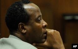 Dr Conrad Murray durant son procès