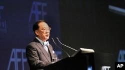 香港特首曾荫权称亚洲经受了金融危机考验