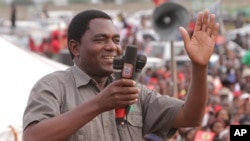 FILE - Hakainde Hichilema, of the Zambia opposition United Party for National Development, addresses an election rally in Lusaka, Zambia, Jan. 2015. Hichilema was detained in April on treason charges.