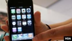 Las ventas de iPhone están superando las de Blackberry y la mayoridad de otros celulares también.