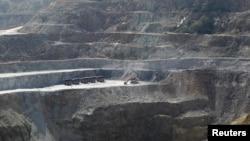 Di daerah yang kaya sumber daya alam, korupsi banyak terjadi pada soal perizinan tambang dan alih fungsi lahan. (Foto: Dok)