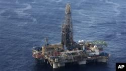 Petróleos e dólares investigados