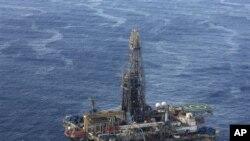 Preço do petróleo longe de satisfazer necessidades de Angola - 1:05
