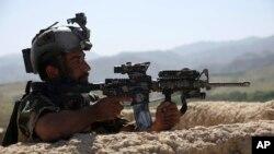 جنرال فوتل: سربازان افغان در فصل زمستان از فشار عملیاتی نکاسته و در عوض آمادۀ گسترش حملات باشند