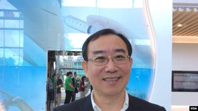 """台湾""""基亚生物科技股份有限公司""""董事长张世忠博士 (美国之音申华 拍摄)"""