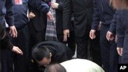 台灣前總統陳水扁星期五返回台南祭拜過逝的岳母