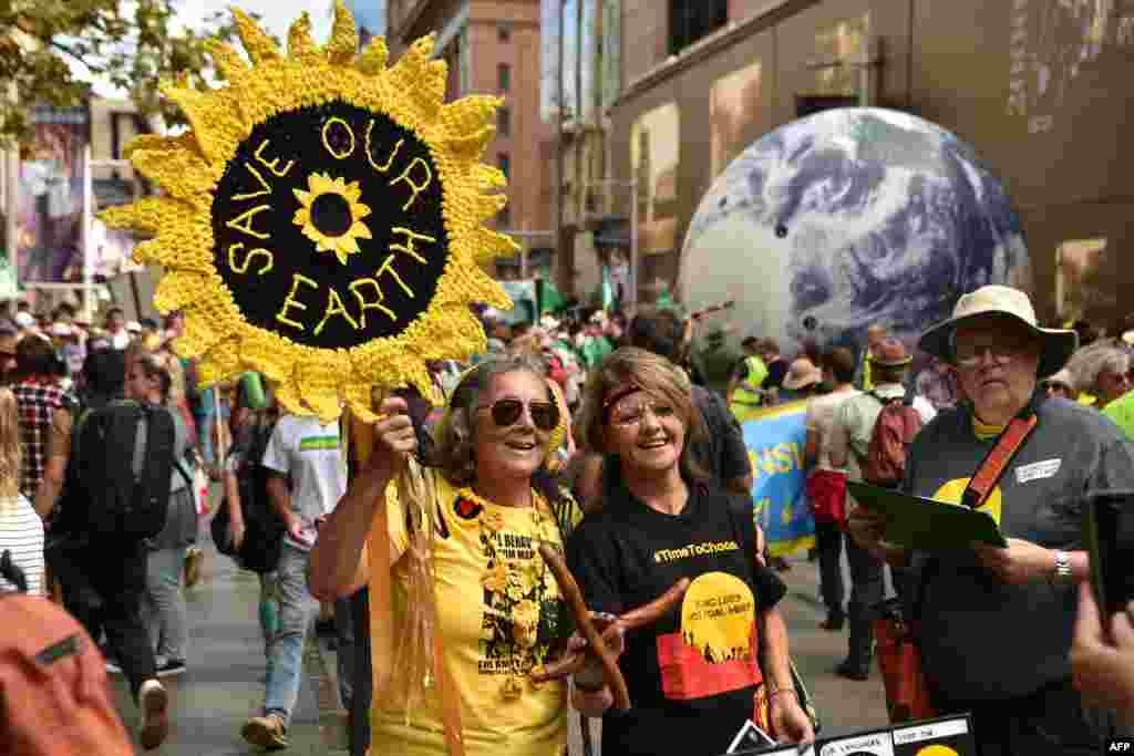 تظاهرات طرفداران محیط زیست در سیدنی استرالیا