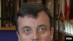 Menteri keuangan Irlandia, Brian Lenihan.
