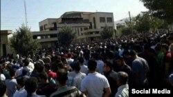 درگیری معترضان با پلیس در بانه در پی قتل یک کولبر - شهریور ۱۳۹۶