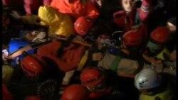 Depremden 100 Saat Sonra Kurtarıldı