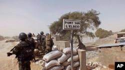 Vojska Kamerona na svom punktu