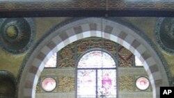 مسجد اقصیٰ کے اندرونی حصے کا ایک منظر
