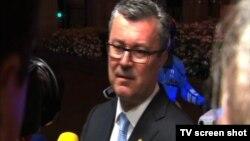 Tihomir Orešković, premijer Hrvatske sa novinarima na marginama samita u Briselu, 29. jun 2016.