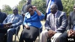 UNkosikazi Joice Mujuru leyinye inkhokheli yamabandla aphikisa ele Zanu PF.