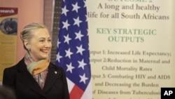 Госсекретарь США Хиллари Клинтон. Кейптаун, ЮАР. 8 августа 2012 г.