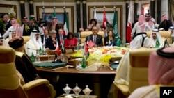 حضور باراک اوباما رئیس جمهوری آمریکا در نشست سران شورای همکاری خلیج فارس در ریاض - ۲۱ آوریل ۲۰۱۶