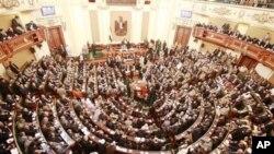 Egypte : première session de la Chambre basse dominée par les islamistes