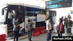 Moda pemadu transportasi akan melayani penumpang NYIA ke beberapa titik wisata dan bisnis. (Foto:VOA/Nurhadi)