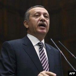 'Türkiye Suriye'ye Sert Güç Kullanmaktan Kaçınacaktır'