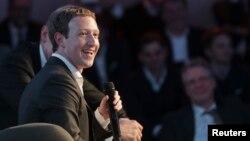 مارک زاکربرگ، رئیس فیسبوک و اینستگرام.