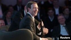 مارک زوکربرگ، بنیانگزار و رئیس اجراییۀ فیسبوک