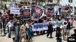 فعالان هرات به خاطر کشتار غیرنظامیان اعتراض کردند