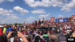 """Protesta """"Marcha por Nuestras Vidas"""", Parkland, Florida. Photo: José Pernalete, VOA."""