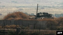 Xe tăng Israel tuần tra khu vực biên giới giáp với Libăng, ngày 1/8/2011