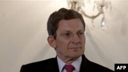 Đặc sứ Grossman nói rằng Mỹ tiếp tục kêu gọi Pakistan triệt tiêu 'nơi trú ẩn an toàn, và những kẻ tạo điều kiện' để thành phần chủ chiến thực hiện các cuộc tấn công