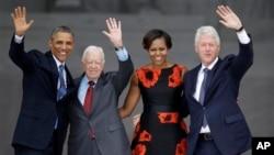 奧巴馬夫婦和美國前總統克林頓、卡特。