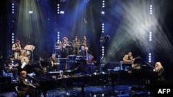 """Film """"The Union"""" o snimanju albuma Eltona Džona (levo) sa kantautorom Leonom Raselom (desno) otvoriće ovogodišnji filmski festival Trajbeka u Njujorku"""