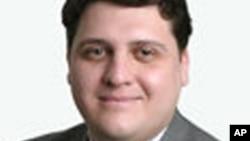 纽约律师亨利•希通