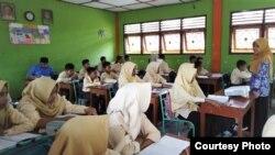 Pelajaran Bahasa Jawa di SMP Muhammadiyah Minggir 2, Sleman, DIY. (Foto: dok sekolah)